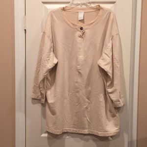 Hot Cotton long-sleeved top